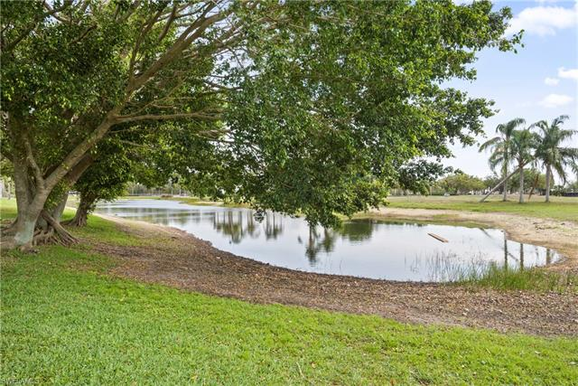 11254 Lakeland Cir, Fort Myers, FL 33913