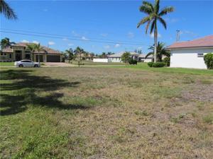 1805 Sw 45th Ln, Cape Coral, FL 33914