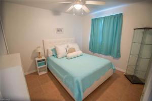 1427 Se 22nd St, Cape Coral, FL 33990
