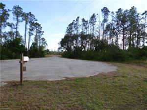 102 Orkney Ct, Lehigh Acres, FL 33974