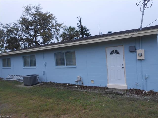 907 Leeland Heights Blvd E, Lehigh Acres, FL 33936