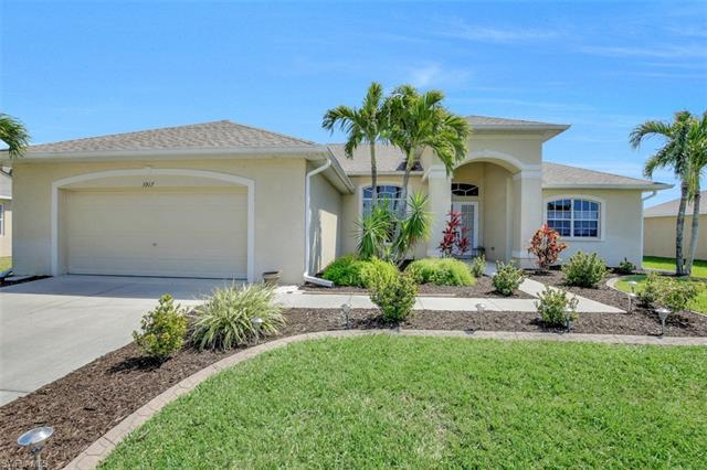 3917 Sw 20th Pl, Cape Coral, FL 33914