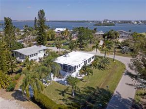 189 Matanzas St, Fort Myers Beach, FL 33931