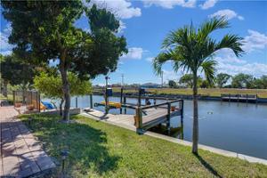 626 Se 8th Pl, Cape Coral, FL 33990