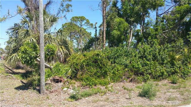 8349 Butternut Rd, Fort Myers, FL 33967