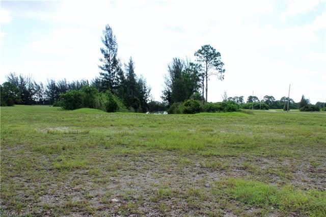 3819 Andalusia Blvd, Cape Coral, FL 33909