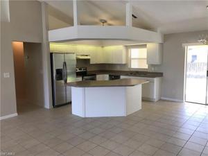 1104 Ne 36th St, Cape Coral, FL 33909