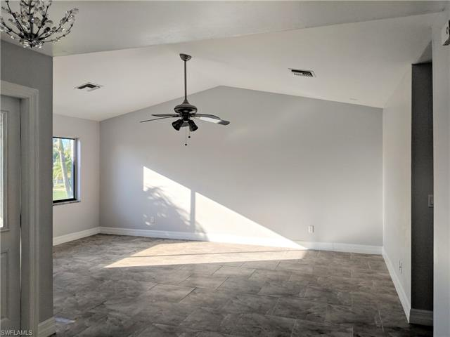 4013 Sw 23rd Ave, Cape Coral, FL 33914