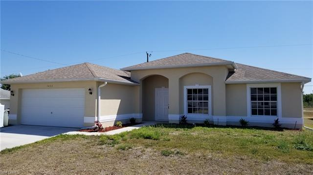 1422 Ne 19th St, Cape Coral, FL 33909