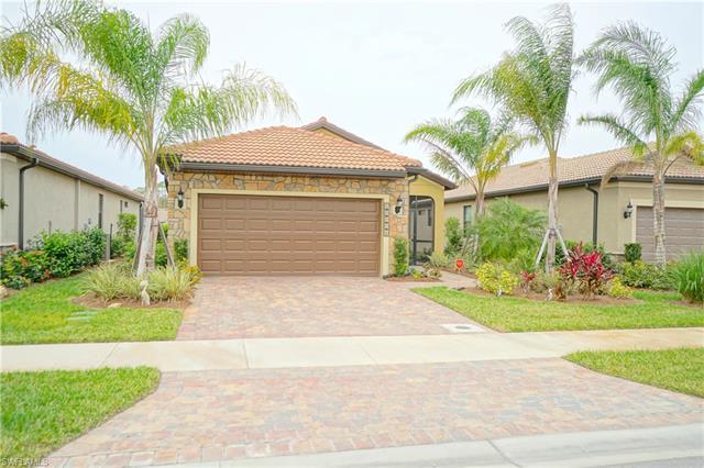 10916 Clarendon St, Fort Myers, FL 33913