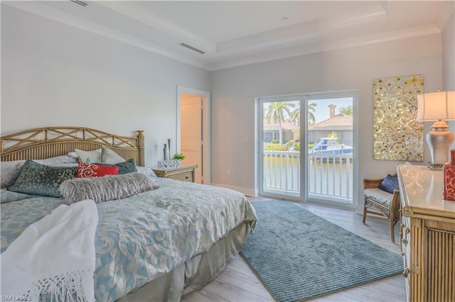 5866 Shell Cove Dr, Cape Coral, FL 33914