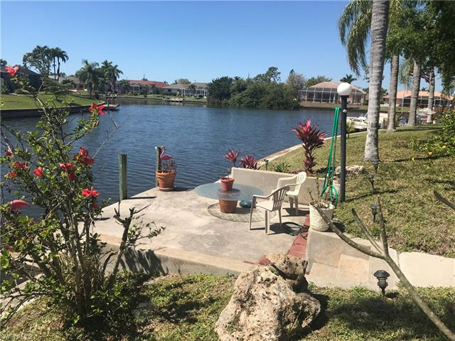 2104 Se 5th St, Cape Coral, FL 33990