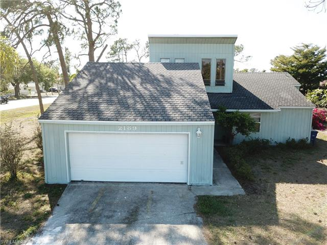 2189 Wooddale Dr, Fort Myers, FL 33907