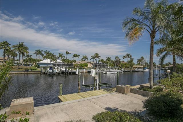 1709 Se 44th St, Cape Coral, FL 33904