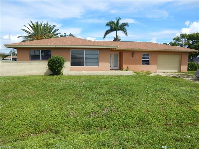 400 E North Shore Dr, North Fort Myers, FL 33917