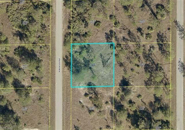 1416 Hibiscus Ave, Lehigh Acres, FL 33972