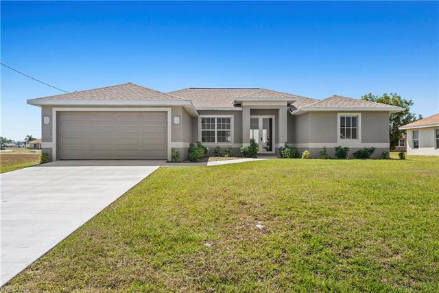 808 Ne 44th St, Cape Coral, FL 33909