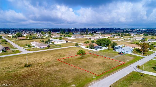 1134 Ne 2nd Pl, Cape Coral, FL 33909