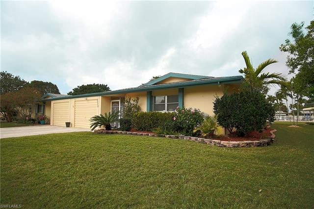 5560 Westwind Ln, Fort Myers, FL 33919