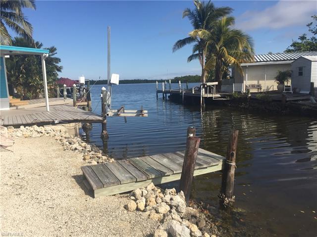 70 Emily Ln, Fort Myers Beach, FL 33931
