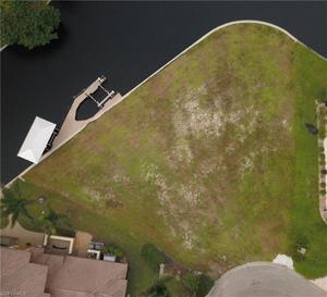 941 Wittman Dr, Fort Myers, FL 33919
