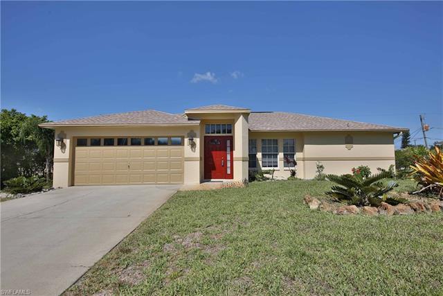 18504 Sebring Rd, Fort Myers, FL 33967