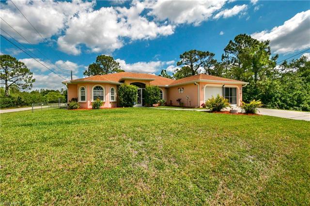 2820 14th St W, Lehigh Acres, FL 33971