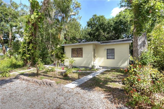 10011 Kentucky St, Bonita Springs, FL 34135