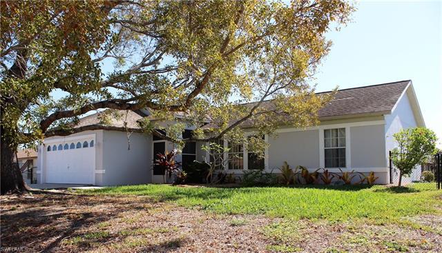 18447 Fuchsia Rd, Fort Myers, FL 33967