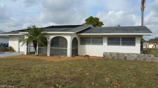 225 S Lake Dr, Lehigh Acres, FL 33936