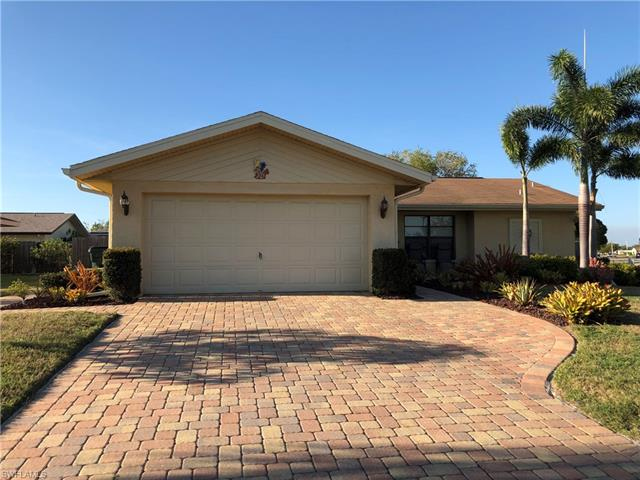 9720 Deerfoot Dr, Fort Myers, FL 33919