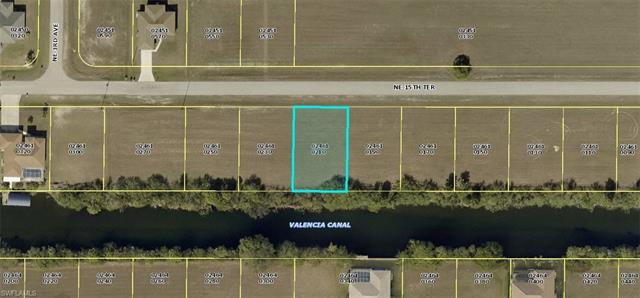 318 Ne 15th Ter, Cape Coral, FL 33909