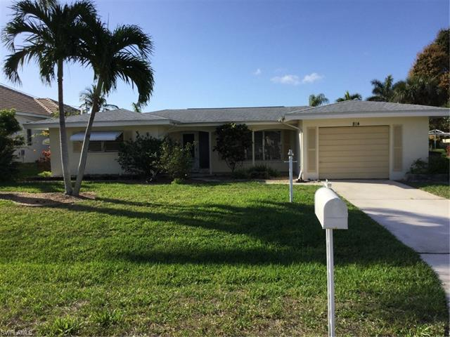 814 Montclaire Ct, Cape Coral, FL 33904