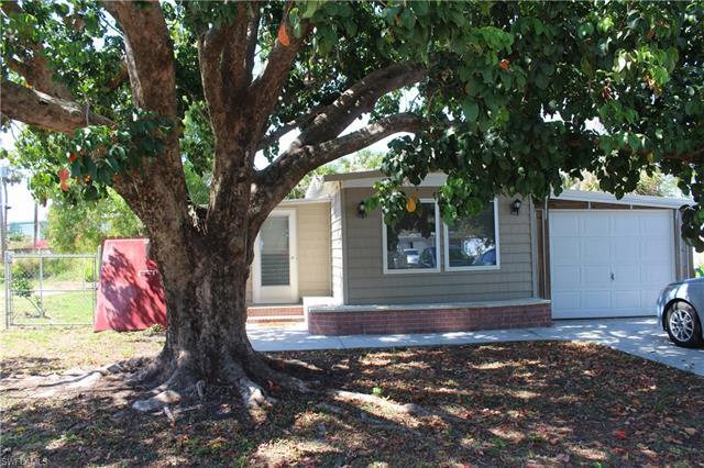 3766 Unique Cir, Fort Myers, FL 33908