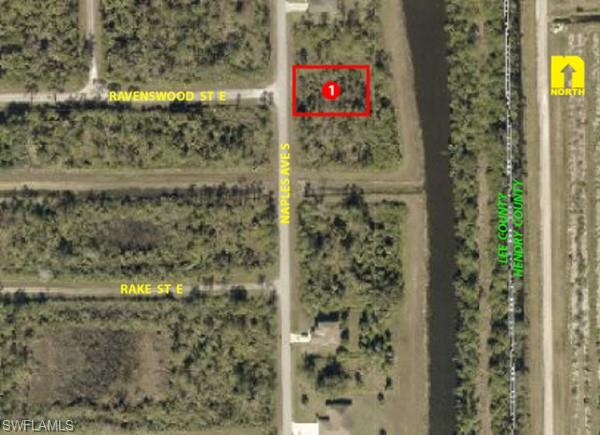 139 Naples Ave S, Lehigh Acres, FL 33974
