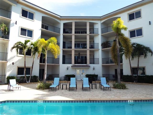 1100 Pine Ridge Rd A405, Naples, FL 34108