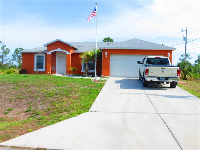 14 W 11th St, Lehigh Acres, FL 33972