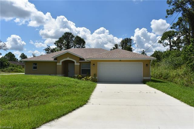 964 Iris St E, Lehigh Acres, FL 33974