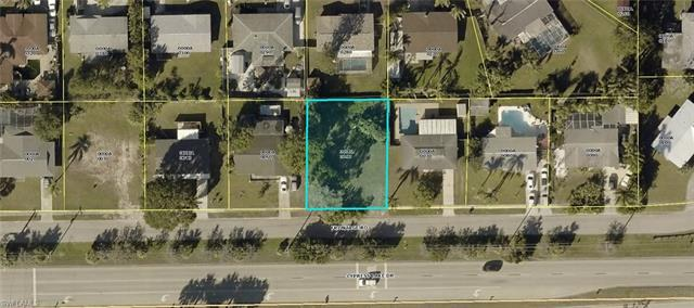 8720 Cypress Lake Dr, Fort Myers, FL 33919
