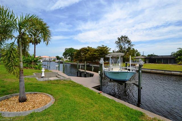 4305 Se 13th Pl, Cape Coral, FL 33904