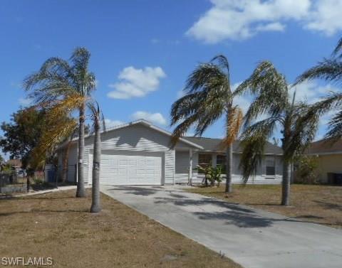 3806 6th St W, Lehigh Acres, FL 33971