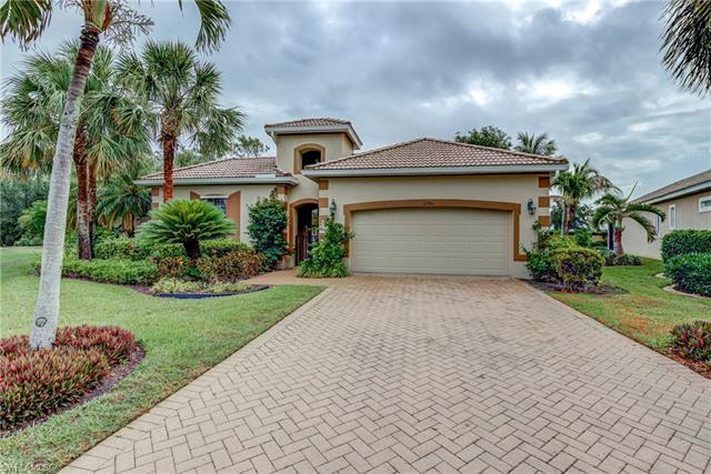 12961 Silverthorn Ct, Bonita Springs, FL 34135