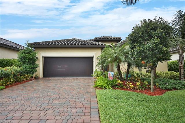 11248 Red Bluff Ln, Fort Myers, FL 33912