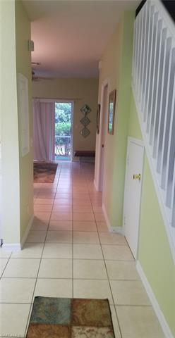 8235 Pacific Beach Dr, Fort Myers, FL 33966