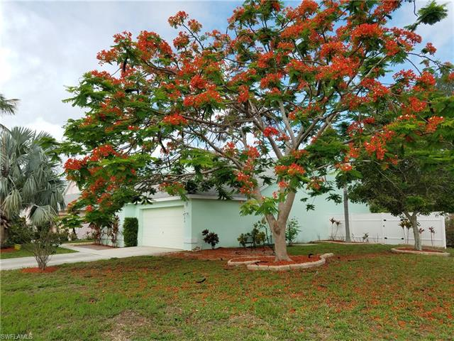 15200 Cricket Ln, Fort Myers, FL 33919