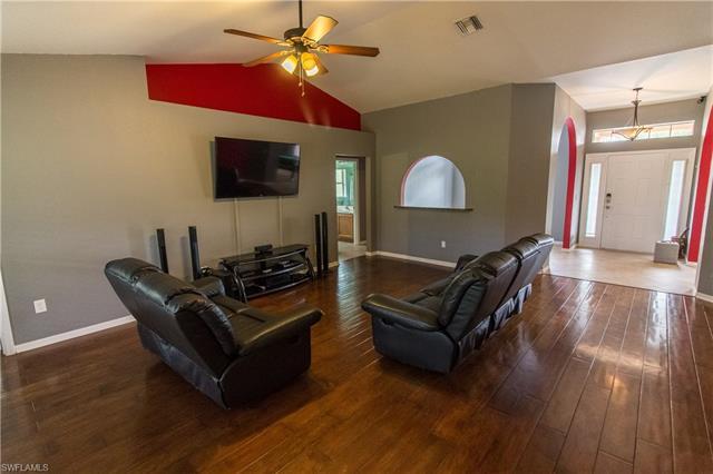 5564 Beck St, Lehigh Acres, FL 33971