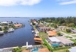5921 Sw 1st Ct, Cape Coral, FL 33914