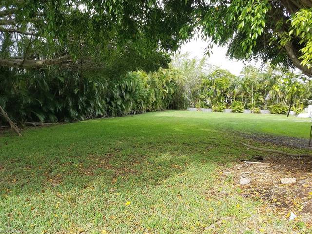 15331 Thornton Rd, Fort Myers, FL 33908