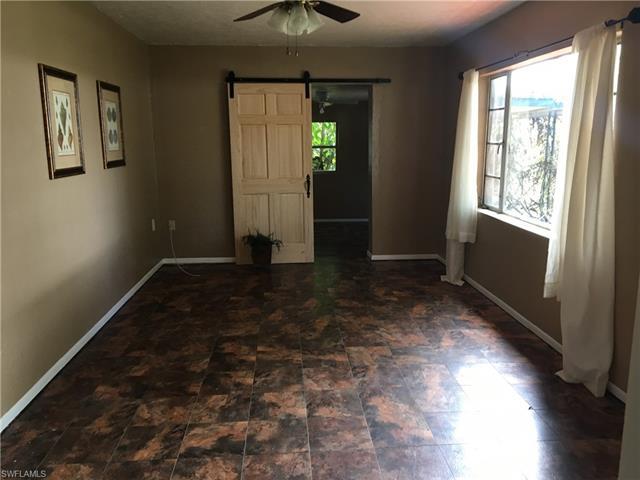 4435 Poinsettia St, Fort Myers, FL 33905