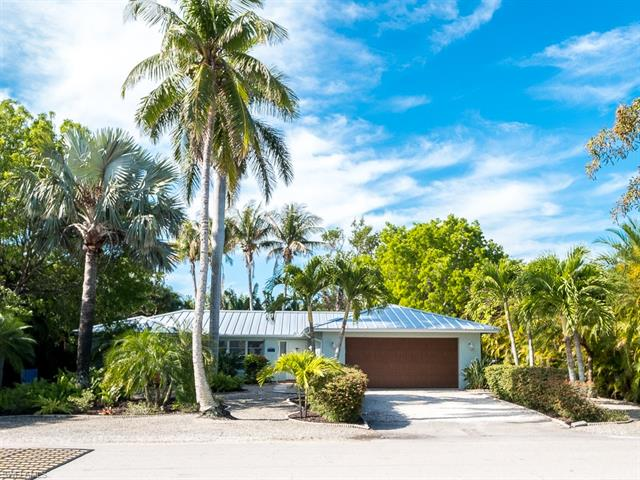 1066 Sand Castle Rd, Sanibel, FL 33957